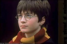 Trouvez cet opus d' Harry Potter sorti en 2001.