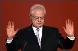 Comment Lionnel Jospin annonce-t-il sa candidature à l'élection présidentielle de 2002 ?