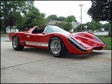 Comment s'appelle cette voiture (Manta Montage) dans la série 'Le juge et le pilote' ?