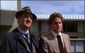 Dans 'Les rues de San Francisco', Michael Douglas est l'inspecteur Steve Keller, mais qui joue le lieutenant Mike Stone ? (1972)