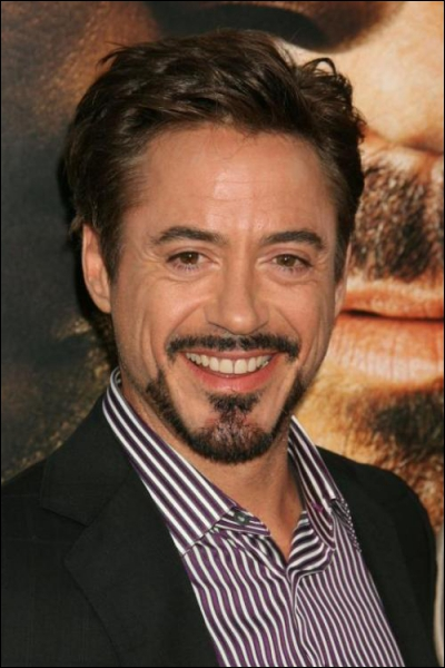 Quel est l'âge de Robert Downey jr alias Sherlock Holmes ?