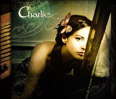 Il est une jeune lyonnaise qui s´appelle Charlie. Elle a connu le succès en duo avec Mauss en chantant ...