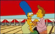 Comment s'appelle le moniteur de bowling français dont Marge est tombée amoureuse ?