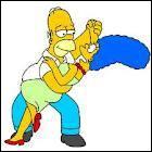 Où a-t-elle rencontré Homer Simpson pour la première fois alors qu'elle n'était qu'une enfant ?