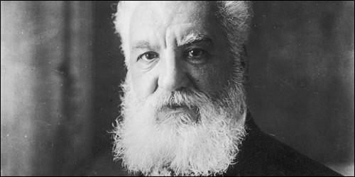 Qu'est-ce que Graham Bell a mis au point en 1876 ?