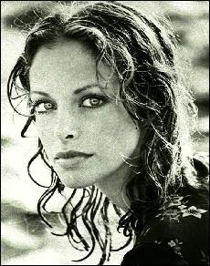 Quelle est la nationalité de l'actrice Sydne Rome ?