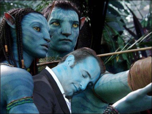 Même en bleu, on t'a reconnu Jean, si tu pouvais soritr du film ...