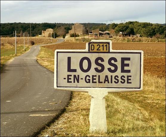Losse-en-Gelaisse, contrairement à l'autre, ne comptait que 247 âmes en 2009.