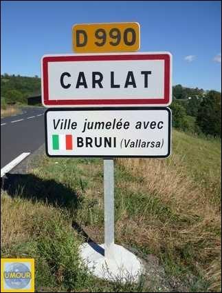 Carlat, dans le Cantal est jumelé avec Bruni, en Italie.
