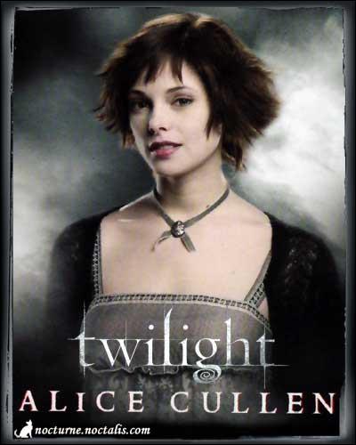 Qui est l'actrice qui joue Alice Cullen ?