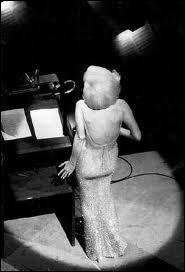 Que chanta Marilyn Monroe au Président kennedy, en 1962, au Madison Square Garden ?