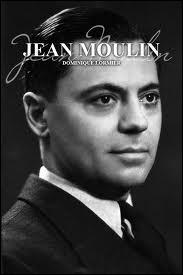 Jean Moulin (1899 / 1943) fut président du Conseil national de la Résistance. Après la trahison de Caluire, il fut interrogé à Lyon par...