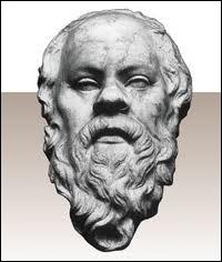 Socrate (470 / 399 av JC) fut accusé d'impiété et de corruption de la jeunesse. Le tribunal d'Athènes le condamna à mort. Il se plia à cette décision en...