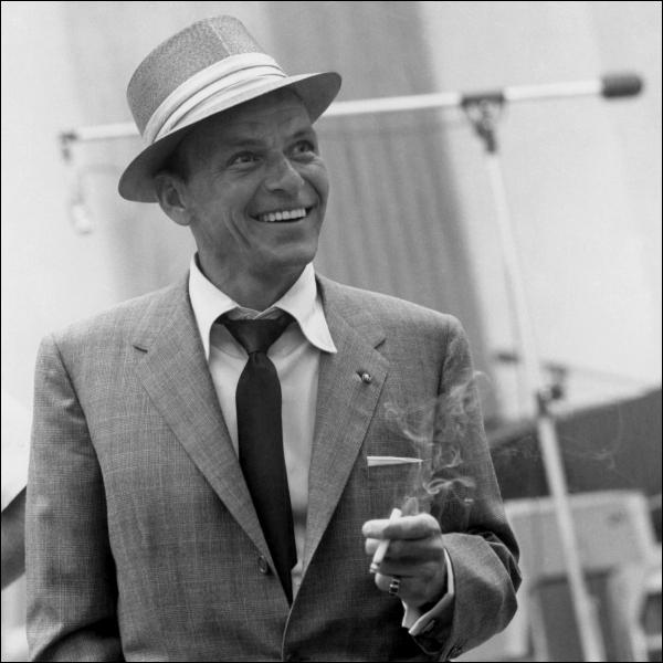 La classe, le look, la voix de velours, les yeux bleus, ce petit maigrichon avait tout ça et plus  (Dean Martin). Frank Sinatra n'a pas joué dans :
