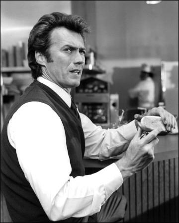 On croit qu'il ne fait rien, mais il fait tout passer  (Richard Burton). Clint Eastwood n'a pas joué dans :