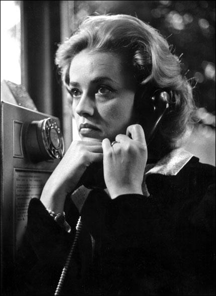 L'actrice est passionnée, la femme est passionnante. Elle ne fait pas penser au flirt mais à l'amour  (François Truffaut). Jeanne Moreau n'a pas joué dans :