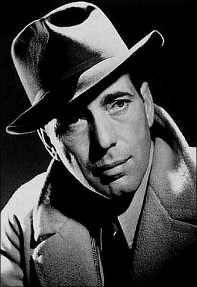 Il possédait cette tristesse inhérente à la condition humaine. Il était ce qu'on appelle un homme, un vrai. A Hollywood c'était un marginal . (Joseph Mankiewicz) Humphrey Bogart n'a pas joué dans :