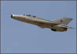 Quel est cet avion engagé dans la guerre du Viêt Nam ?