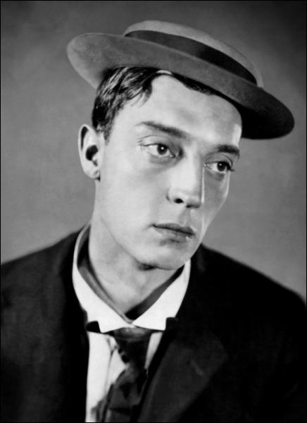 Il était l'essence du comique . (Groucho Marx) Buster Keaton n'a pas joué dans :