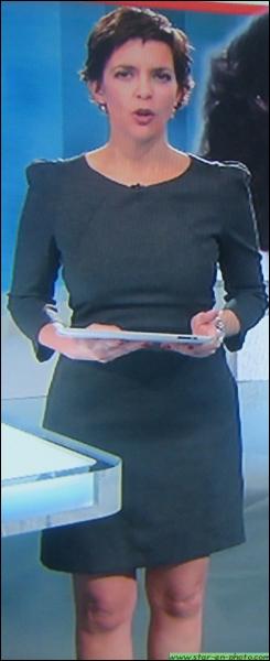 Cette charmante présentatrice française anime diverses émissions sur la chaine M6, dont le JT et d'autres magasines d'informations. Comment se nomme-t-elle ?