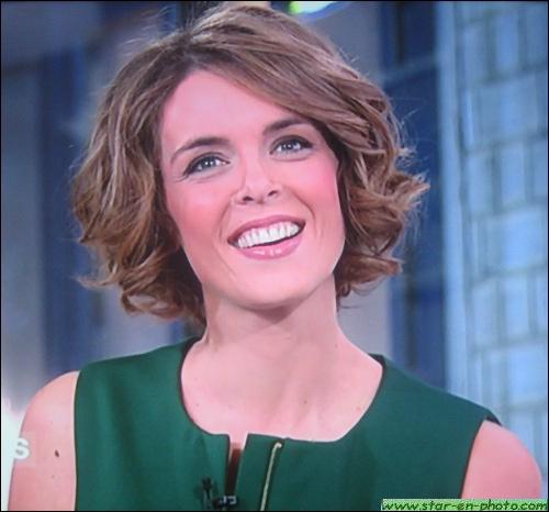 Qui est cette très séduisante présentatrice française, spécialisée dans les émissions culinaires, actuellement sur France 5 ?