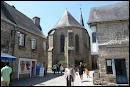 Les Guérandais et les Guérandaises sont les habitants de la ville de Guérande ( 44 ).