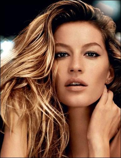 Comment s'appelle cette top-model qui fut autrefois la petite amie de Leonardo DiCaprio ?