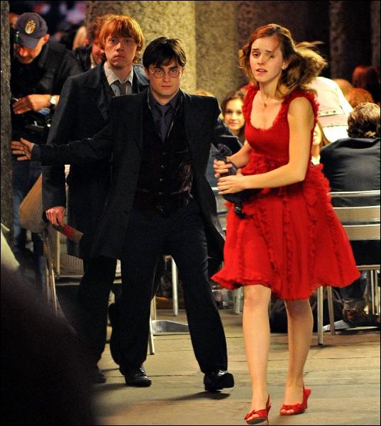 Où transplanent Harry, Hermione et Ron ?