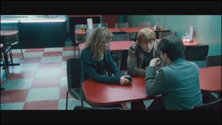 Que commande Hermione ?