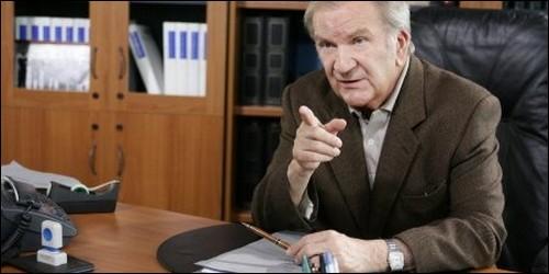 """Dans """"Commissaire Cordier"""", Pierre Mondy interprète le rôle du Commissaire Cordier. Comment se prénomme-t-il ?"""