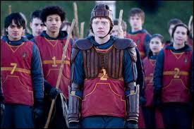 Qui était un très bon attrapeur dans la famille Weasley ?
