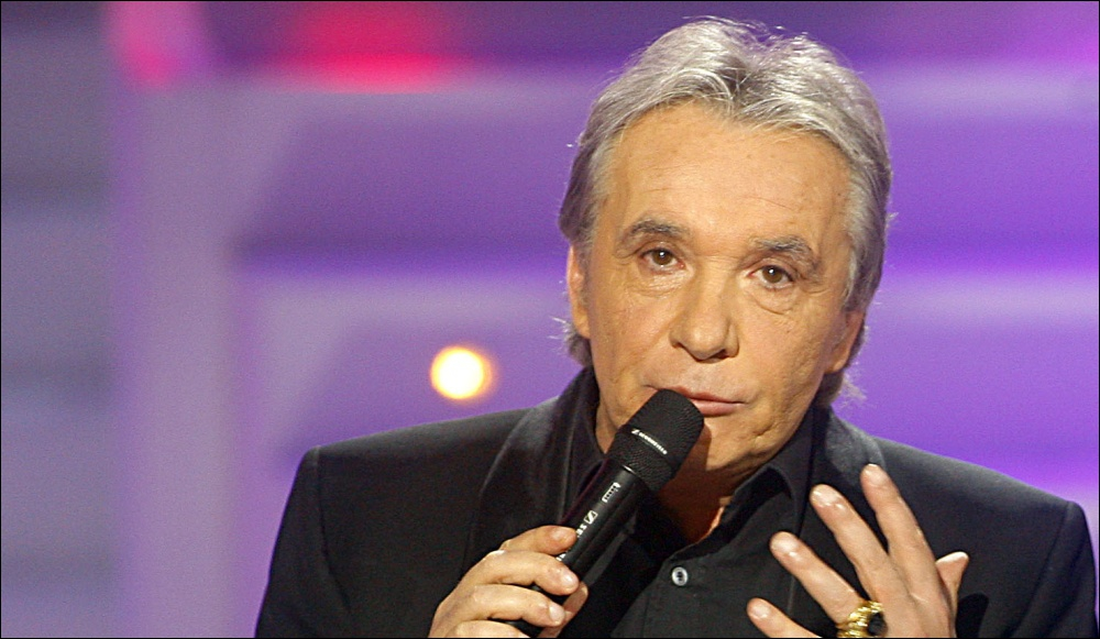 Quand Michel Sardou chante :   Le France  , de quoi parle-t-il ?