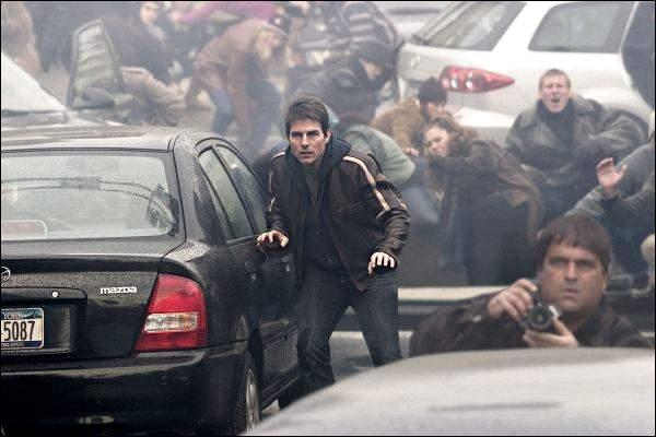 Tom Cruise ...