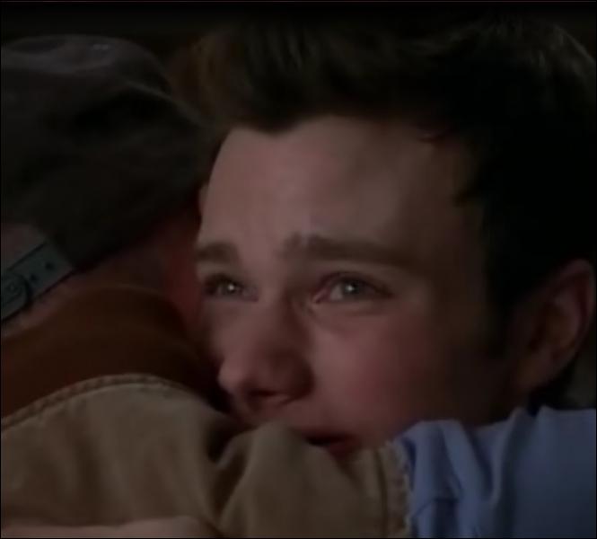 Dans l'épisode  Michael , pour quelle raison Burt lui dit-il être fier de lui ?