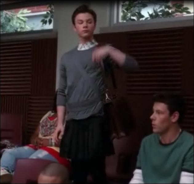 À quelle occasion Kurt s'est-il fait exclure par Monsieur Shuester ?