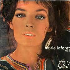 Maïtena Doumenach, le véritable nom de Marie Laforêt qui a des origines basques, a chanté les souvenirs d'enfance de cousins slaves dans la chanson titrée  Ivan, ? et moi . Qui manque ?