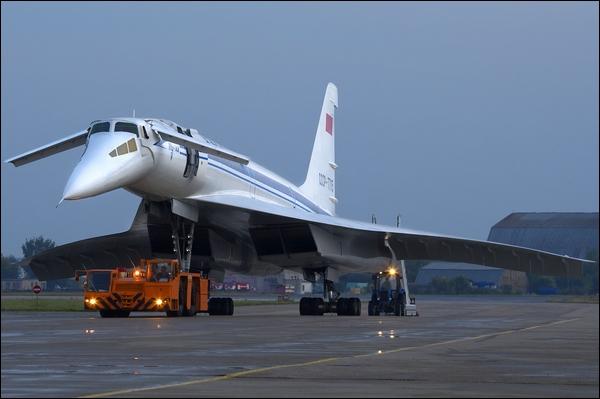 Les médias occidentaux ont surnommé cet avion supersonique le «Concordski».