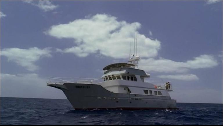 Ceux qui restent (partie 3)  : A qui appartient le bateau qui récupère Jack, Kate, Sayid, Sun, Aaron, Hurley, Desmond et Lapidus ?