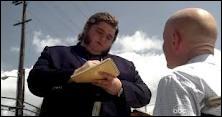 Le Remplaçant  : Qui est le ou la responsable de la boîte d'intérim où Hurley envoie Locke ? (Flashs parallèles)