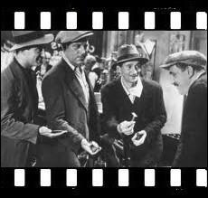 Cinq ouvriers chômeurs parisiens gagnent le gros lot à la loterie nationale. Film de 1936 avec Jean Gabin, Charles Vanel , Viviane Romance dirigés par Julien Duvivier ... .