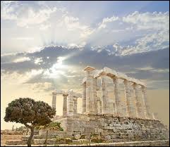 Où se situe le Mont Olympe, domaine des dieux ?