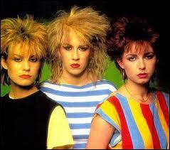 Bananarama, groupe féminin de pop rock, chante la gloire d'une déesse dans ce titre reprise à grand succès, laquelle ?