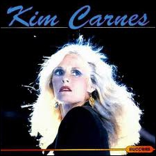 Kim Carnes fit un succès international avec cette chanson qui parlait des yeux d'une actrice très célèbre. Quel est le prénom de l'actrice ?