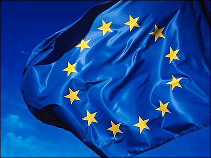 Combien d'étoiles jaunes peut-on voir sur le drapeau européen ?