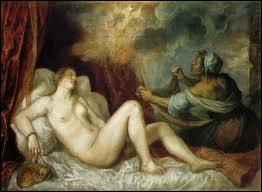 Son père l'enferma dans une tour d'Airain. Zeus qui en était amoureux se métamorphosa en pluie d'or et la séduisit. De cette union naquit Persée.