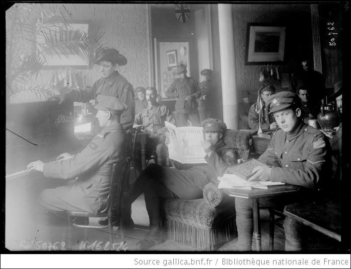 Des soldats ont été durant les deux guerres (surtout en 1914-18) familièrement appelés les  Tommies (au singulier : un Tommy). De quelle nationalité étaient-ils ?