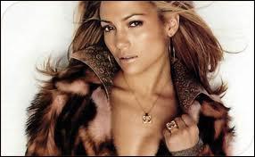 Quelle chanson Jennifer Lopez a-t-elle chantée ?