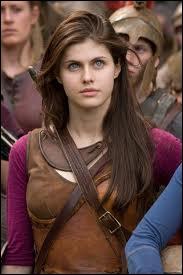 Que dit Annabeth la première fois qu'elle parle à Percy ?