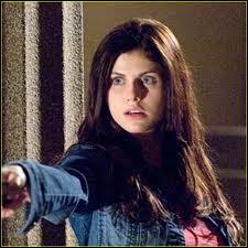 Qui est la fille qui s'occupe de Percy jusqu'à son rétablissement ?