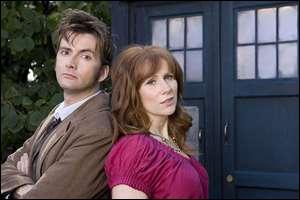 Avant de rencontrer le docteur, Donna vit avec...